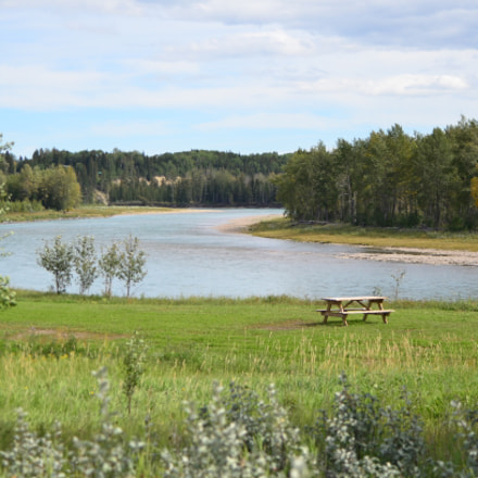 Alberta River, Nikon D7000, AF Zoom-Nikkor 35-80mm f/4-5.6D N