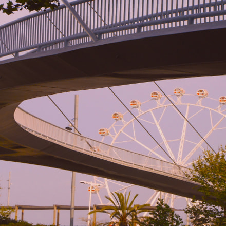 Bridge and wheel, Nikon COOLPIX S3400