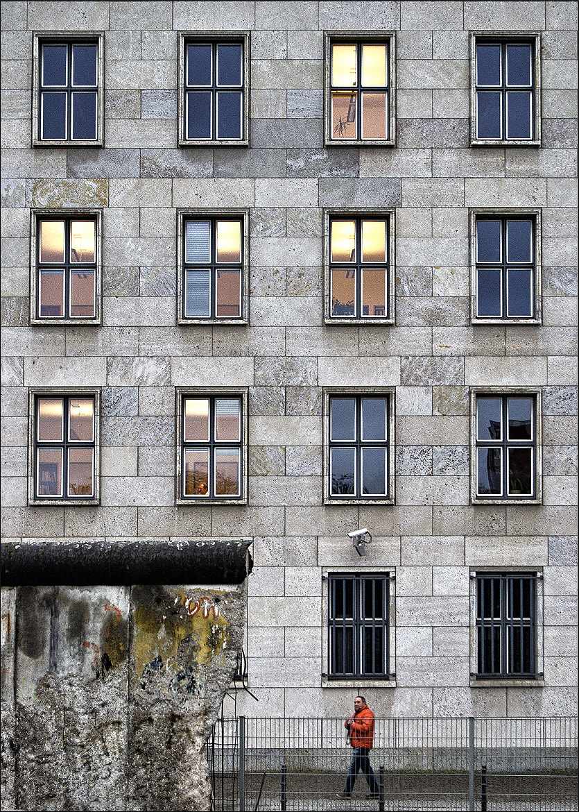 Photograph Die Mauer by Carlo Cafferini on 500px