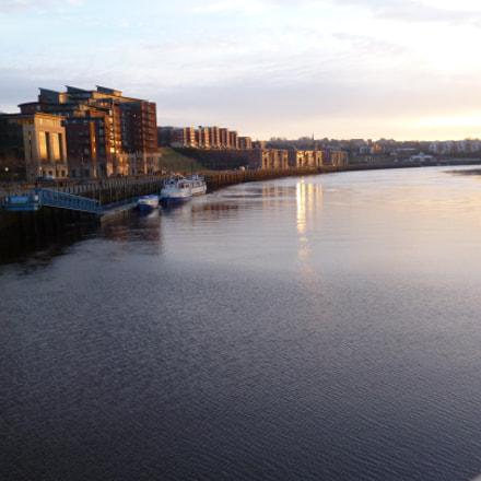 Quayside Newcastle-upon-Tyne, Panasonic DMC-FS16