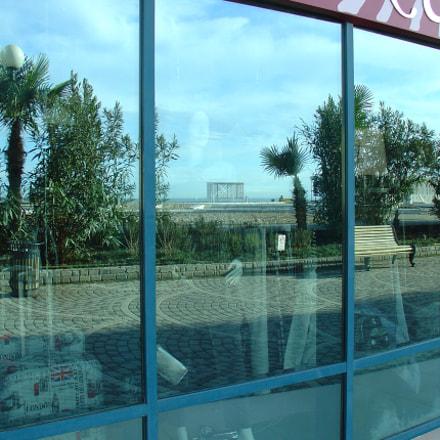 Reflection, Sony DSC-V1