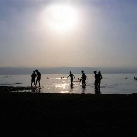 Sun, Nikon E3200