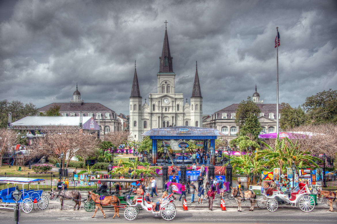 Photograph Preparing for the Super Bowl in Jackson Square by Matty Wolin on 500px