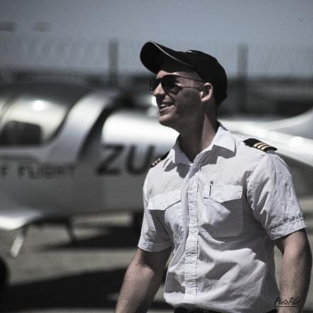 African flight Instructor, Canon EOS 5D MARK II, Sigma 70-300mm f/4-5.6 [APO] DG Macro