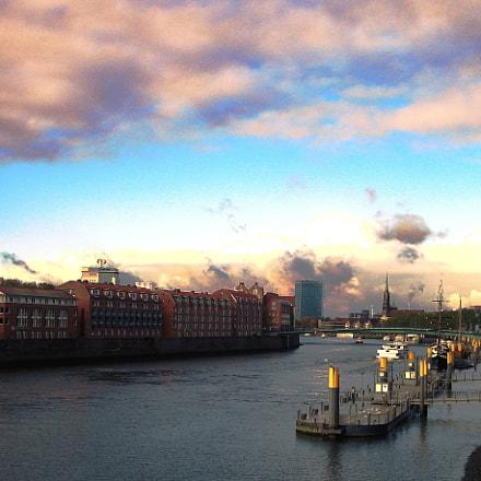 Bremen's wharf, Sony DSC-W7