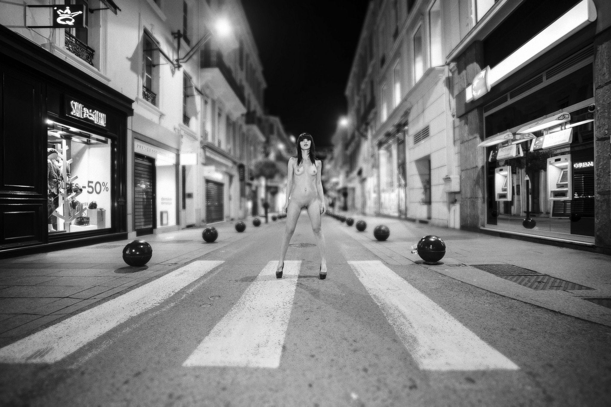 Photograph Rue d'Antibes @ Cannes by Samuel Charpentier on 500px