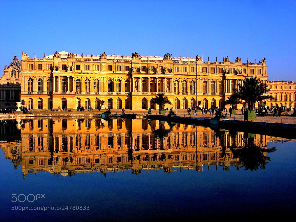 Photograph Versailles' palace by Arnaud  on 500px