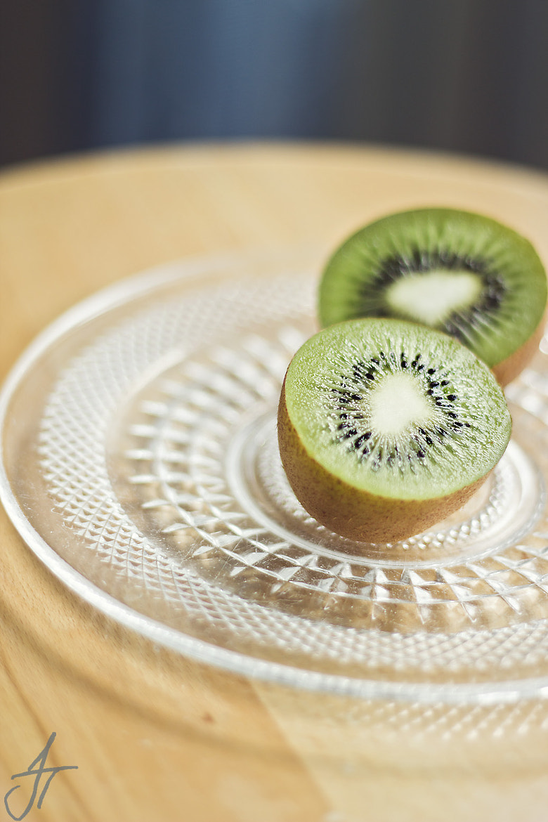 Photograph Sweet Kiwi .. by JessicaTora  on 500px