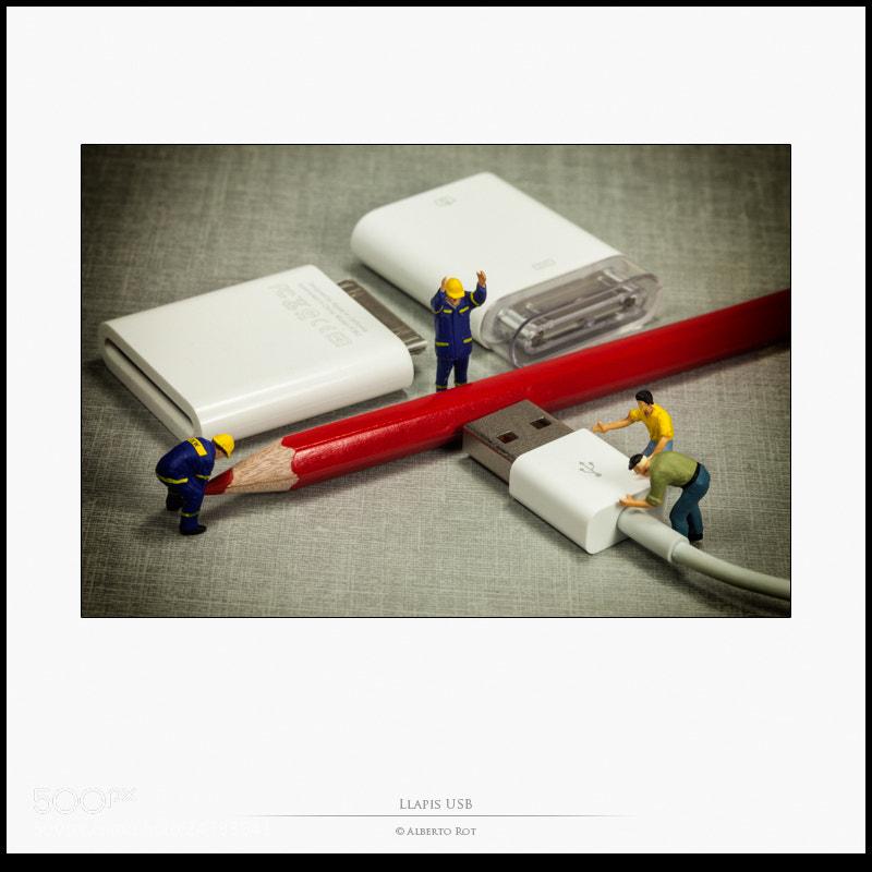 Photograph Llapis USB by Alberto Rot Albarca on 500px