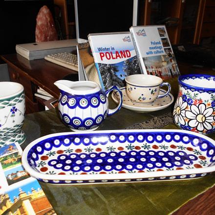Polish Pottery Stoneware, Nikon COOLPIX S2900