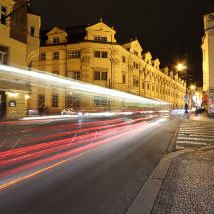 Trail lights in Prague, Canon EOS 700D