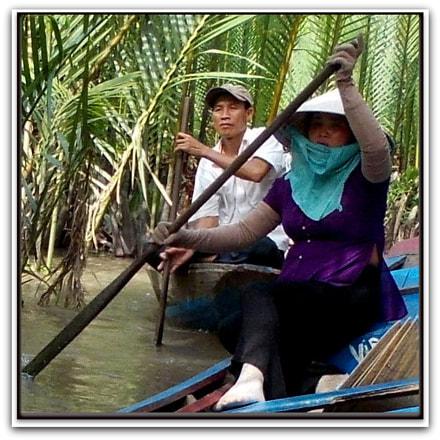 N°001 Vietnamese Ladies, Vietnam, Nikon COOLPIX L25