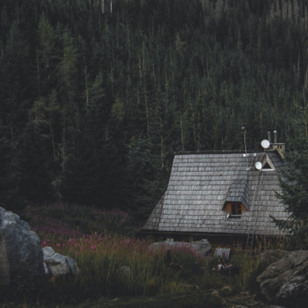 Cottage in the mountains, Canon POWERSHOT A560