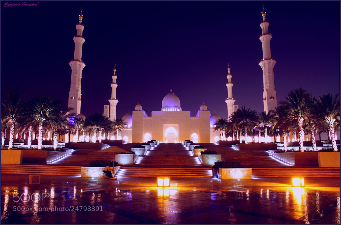Photograph SZ Mosque AD by RANJAN SM on 500px
