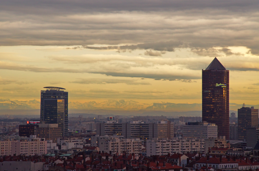 Photograph (small) skyline by Julien  on 500px