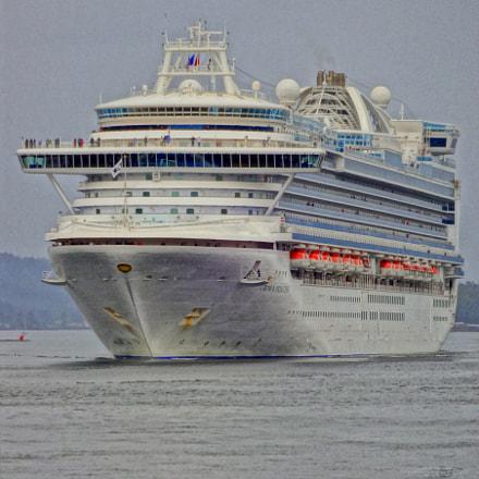 Ship approaching Ketchikan, Sony DSC-WX150