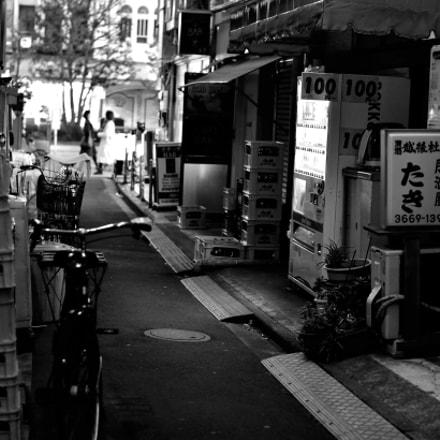 ningyocho street, Nikon DF, AF-S Nikkor 58mm f/1.4G