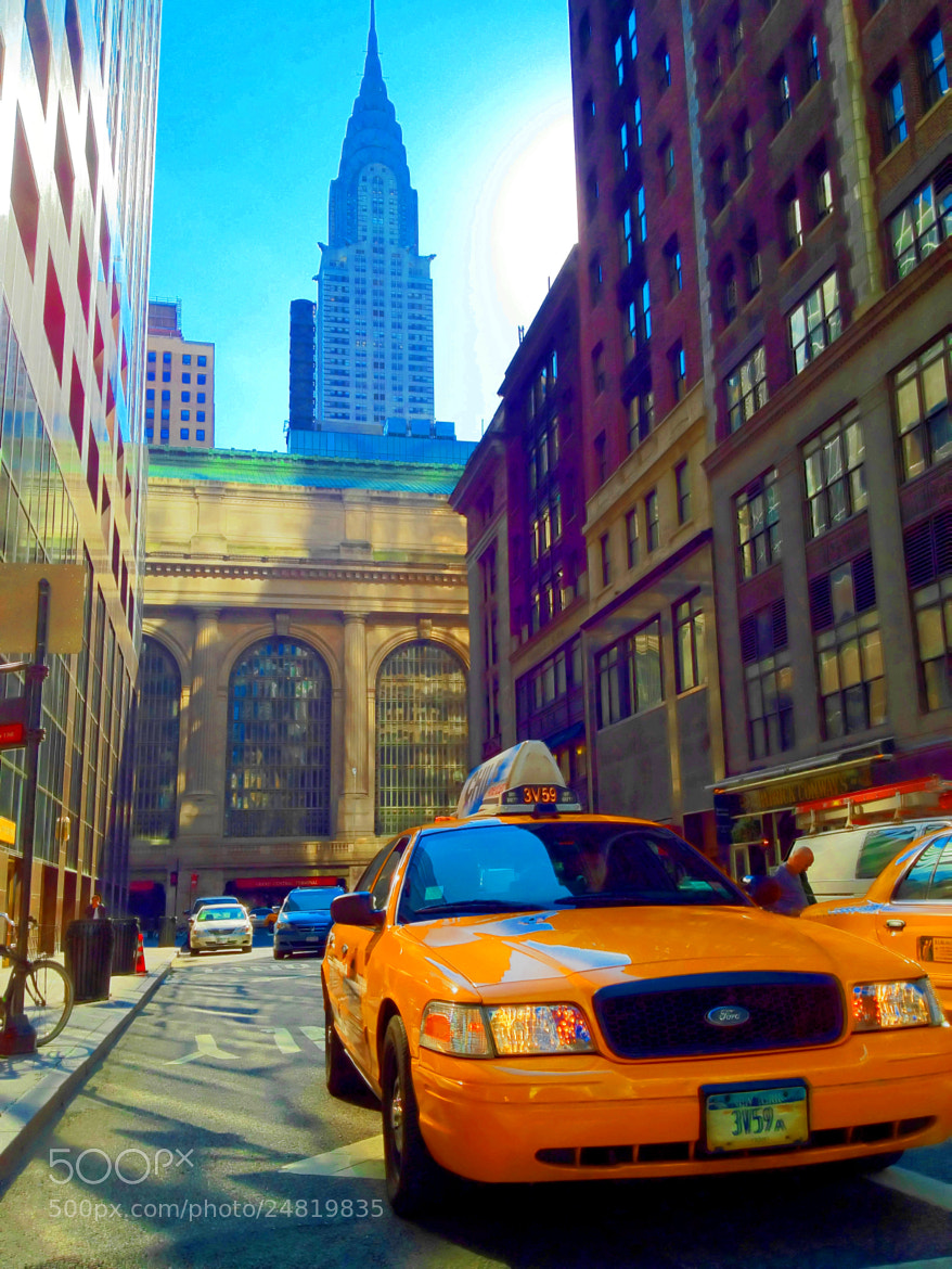 Photograph The Chrysler Building & Taxi Cab in New York City by Michael FRANCHITTI on 500px