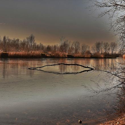 Untitled, Nikon D7200, AF Zoom-Nikkor 28-80mm f/3.3-5.6G