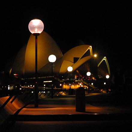 Opera Lights, Nikon D70, AF Zoom-Nikkor 35-80mm f/4-5.6D N