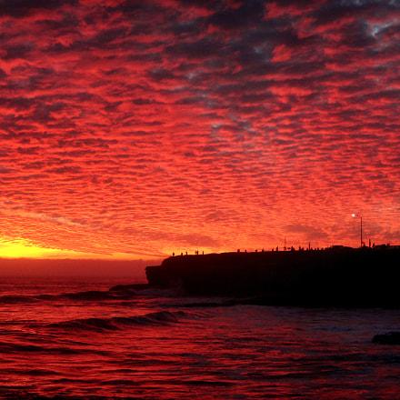 Red cliffs, Sony DSC-TX30