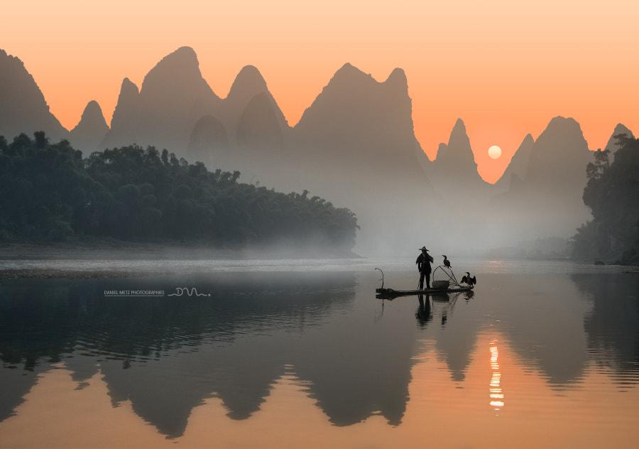 Alone on the Li river by Daniel Metz on 500px.com