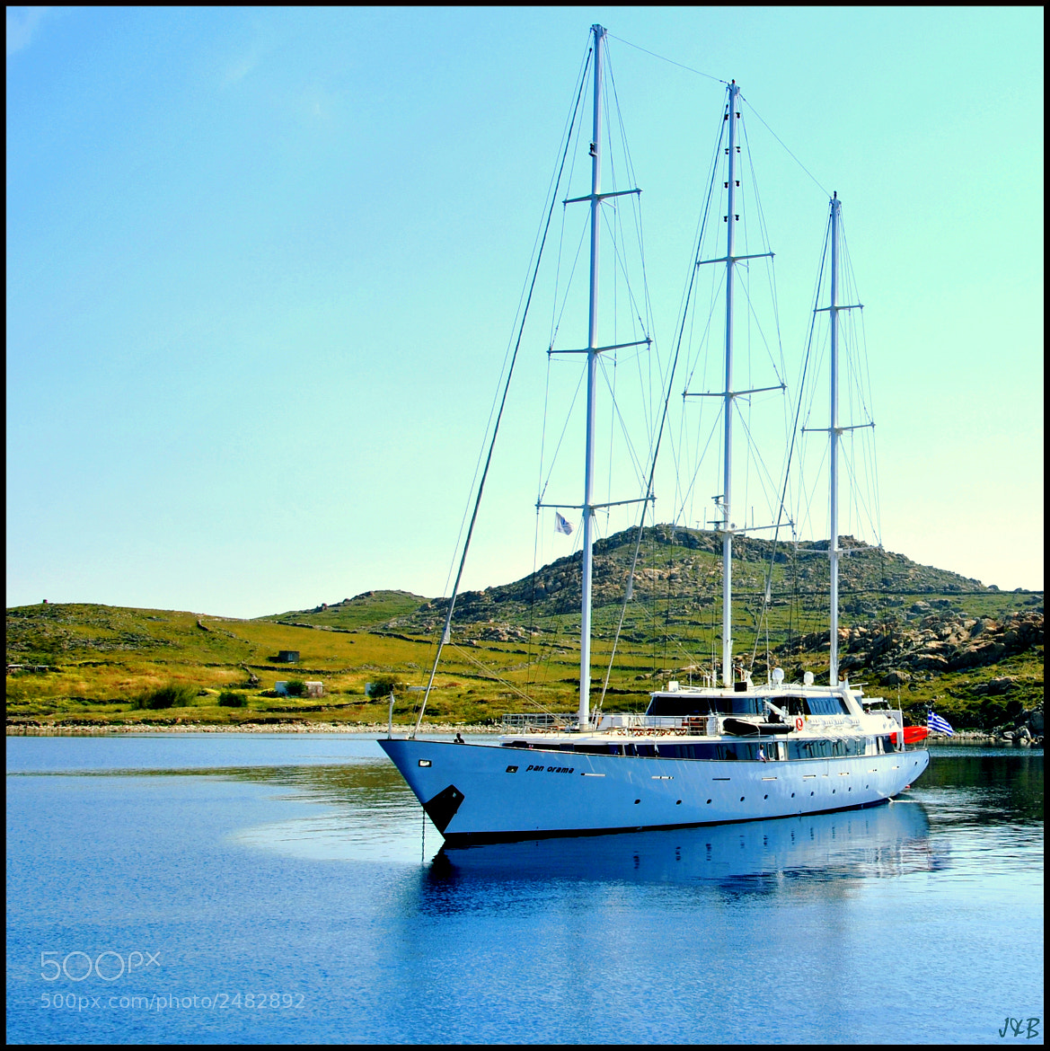 Photograph Delos' boat by Jean-Baptiste Rambaud on 500px