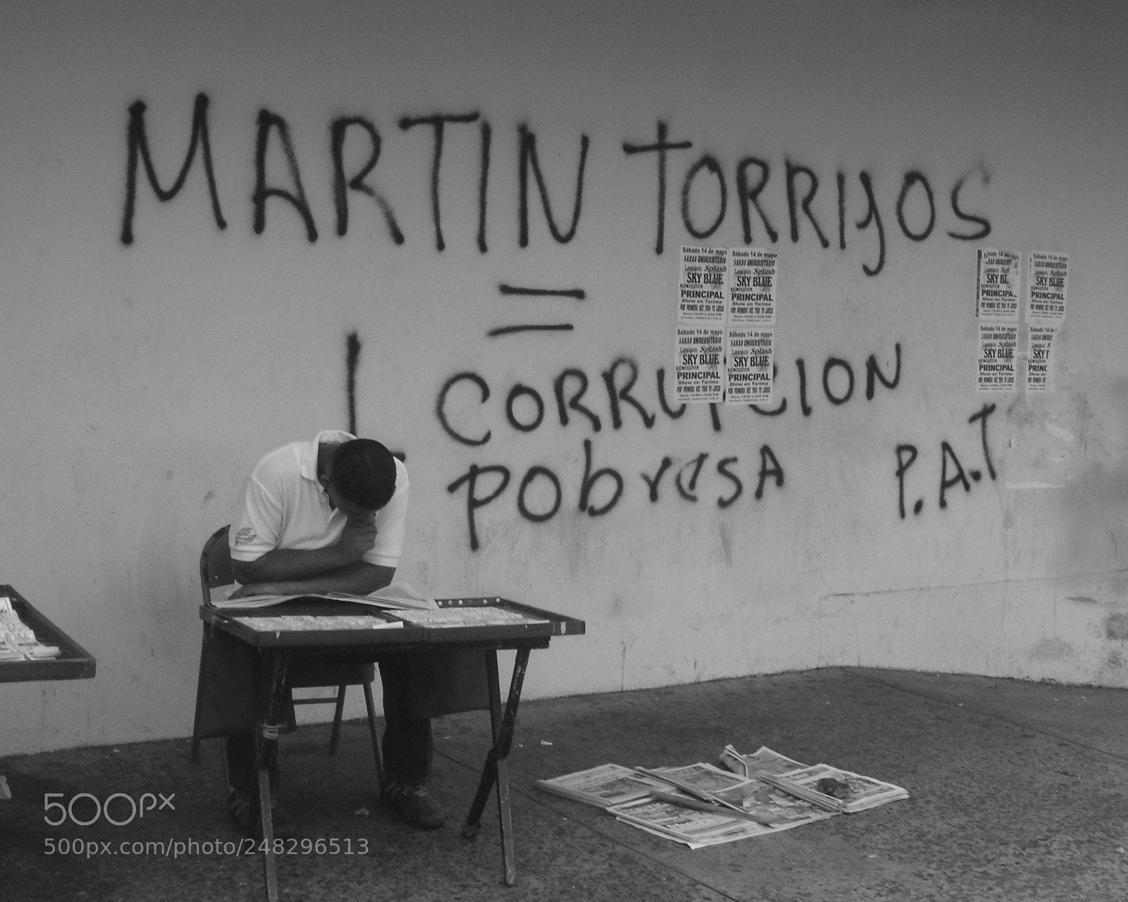 Corrupcion, Sony DSC-P73