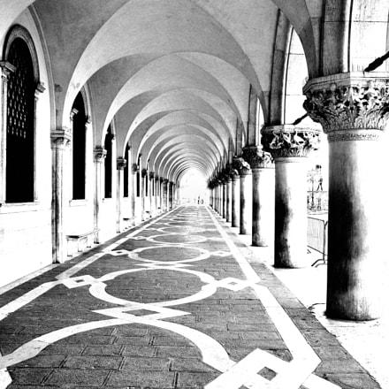 Doges Palance in Venice, Nikon D300, AF-S DX VR Zoom-Nikkor 18-200mm f/3.5-5.6G IF-ED