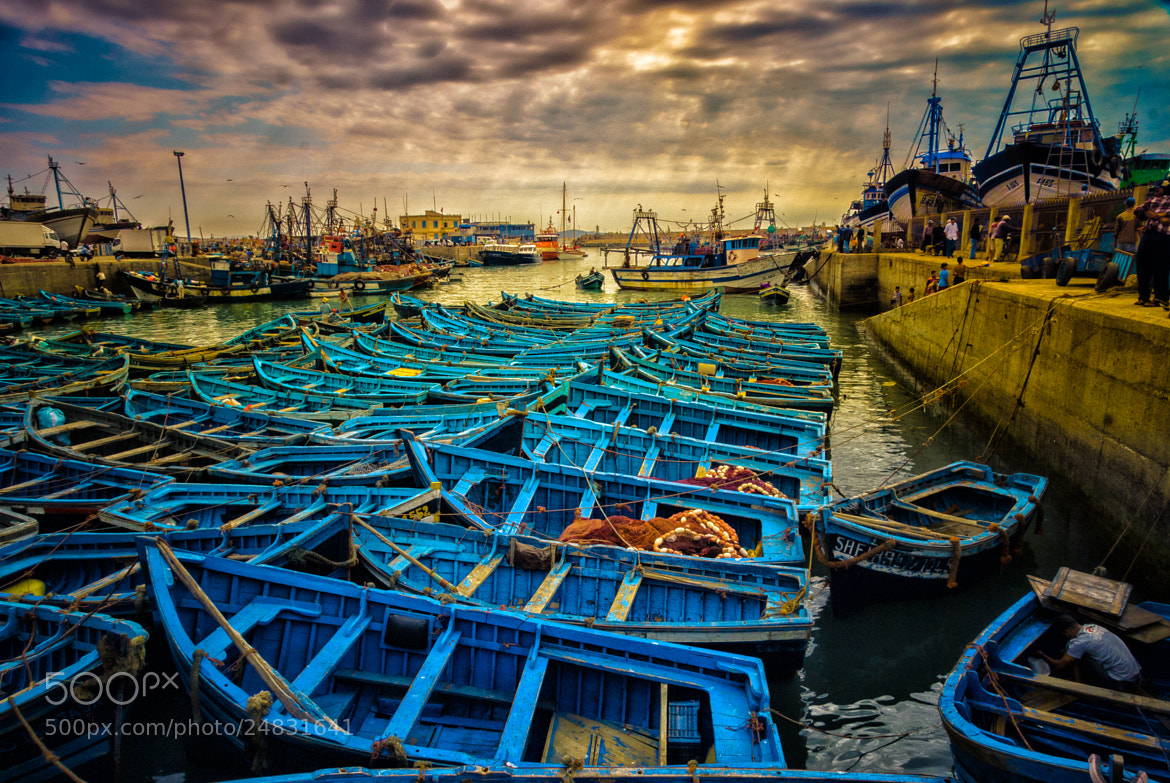 Photograph Fall of the evening in Essaouira's port by Juan Luis Mayordomo on 500px