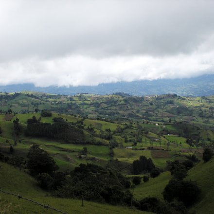 Mountains of Colombia, Nikon COOLPIX S210