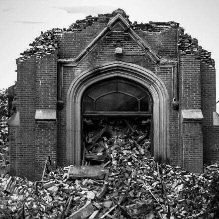 When Churches Die, Canon POWERSHOT A580