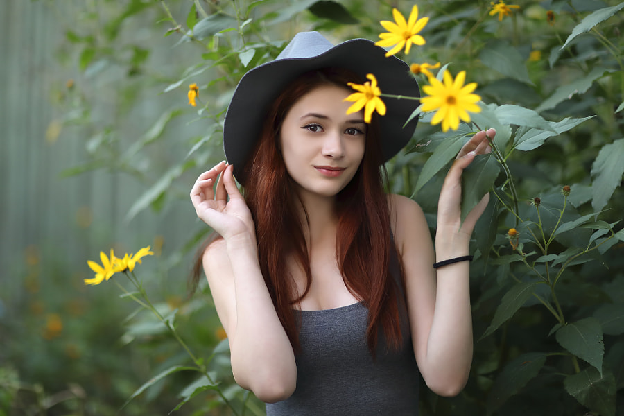 Girl from Flower City, автор — Сергей К на 500px.com