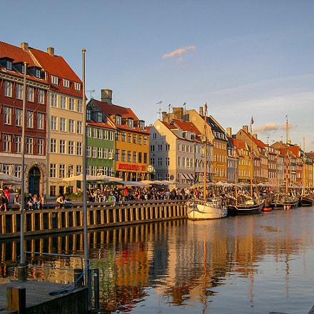 Puerto de Copenhague, Nikon E4300