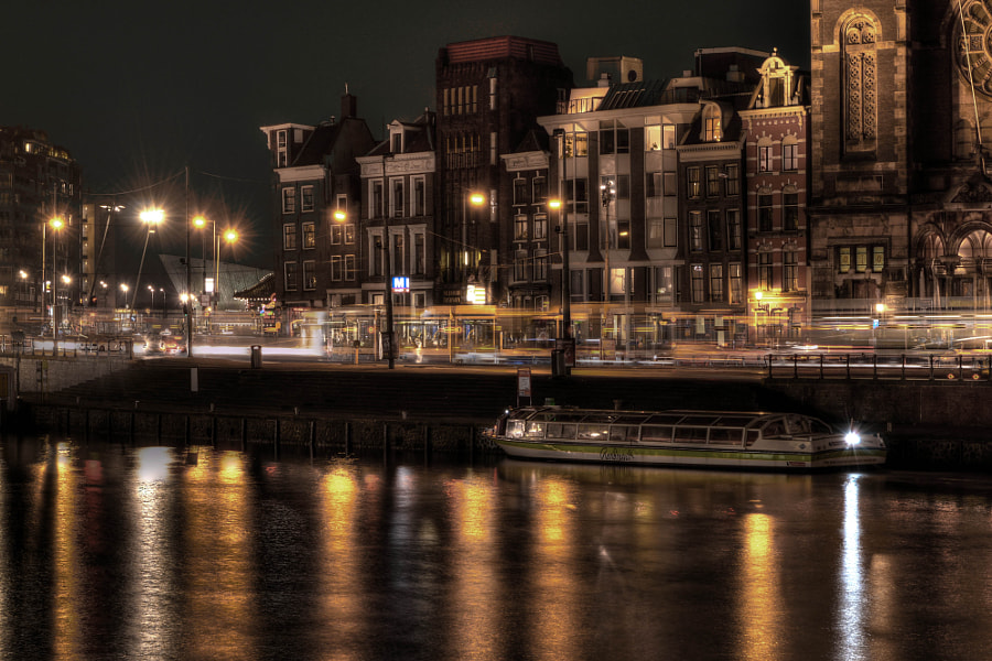 Night Reflections in Amsterdam de Jonathan S en 500px.com