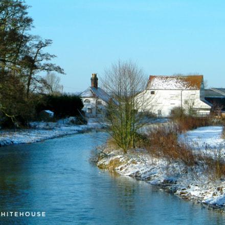 River Cottage, Abridge, Essex, Fujifilm FinePix F601 ZOOM