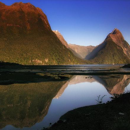New Zealand, Nikon E5400