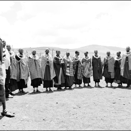 Maasai Men and Women, Sony DSC-HX1