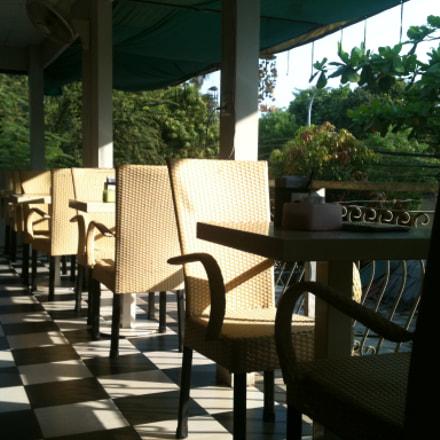 Chair & Sun, Apple iPhone 3GS