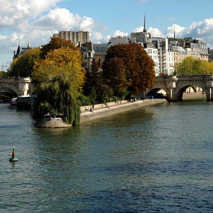 River Seine., Nikon D70, AF-S DX Zoom-Nikkor 18-70mm f/3.5-4.5G IF-ED