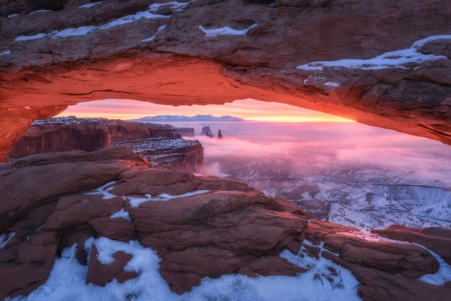 The Glowing Window by Daniel Fleischhacker on 500px.com
