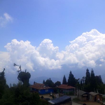 Clouds, Sony DSC-S5000