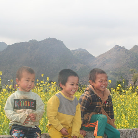 children and spring, Canon EOS KISS DIGITAL N