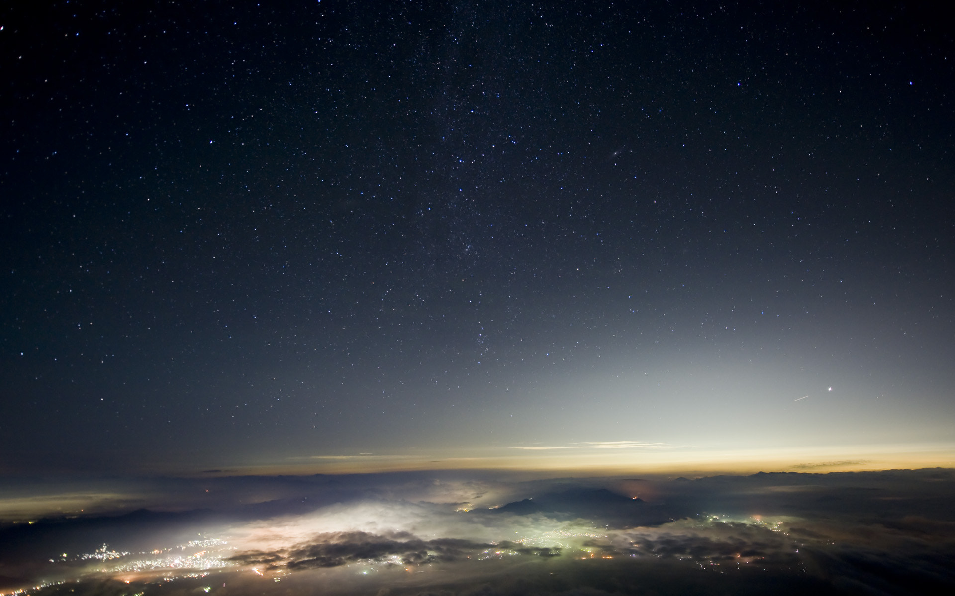 Photograph The night view from Mt. Fuji by Hiroyuki OGURO on 500px