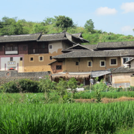 Clay house in Yongding, Canon IXUS 220HS