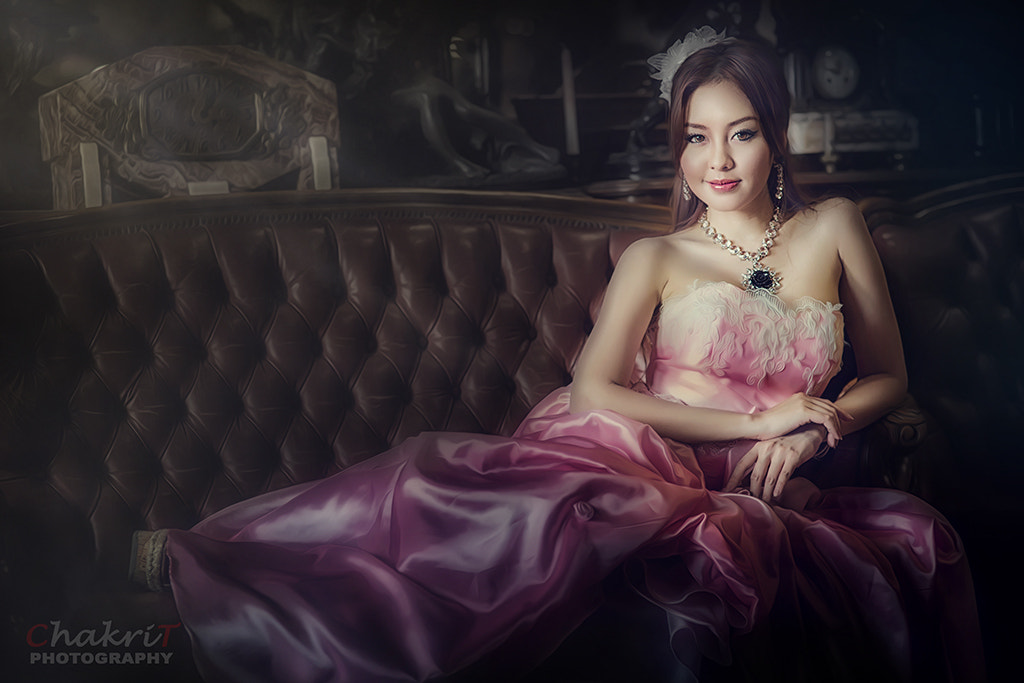 Photograph Lady in Pink by Chakrit Chanpen on 500px
