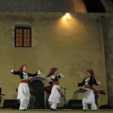dancing girls, Canon DIGITAL IXUS 75