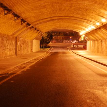 The tunnel, Nikon D60, AF-S Nikkor 50mm f/1.8G