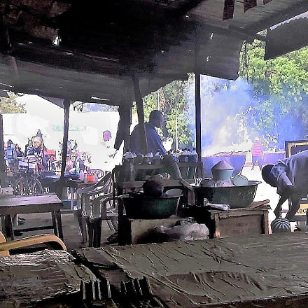 Preparing breakfast, Apple iPhone 3G