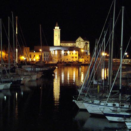 Bari, Italy, Sony DSC-W110